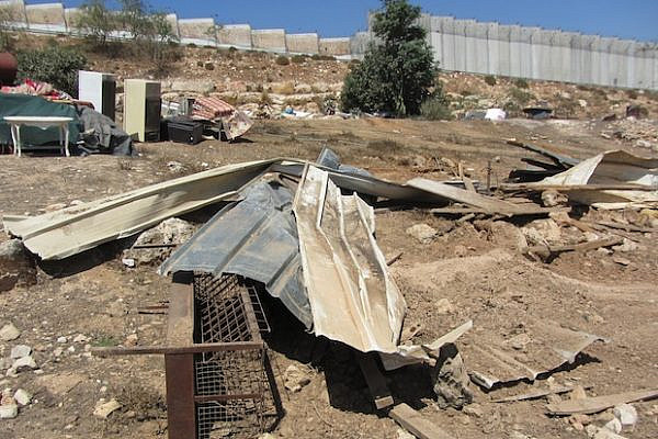 Residential structures in Tal 'Adasa after demolition