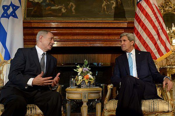 PM Netanyahu and Secretary Kerry (Avi Ohayon/GPO)