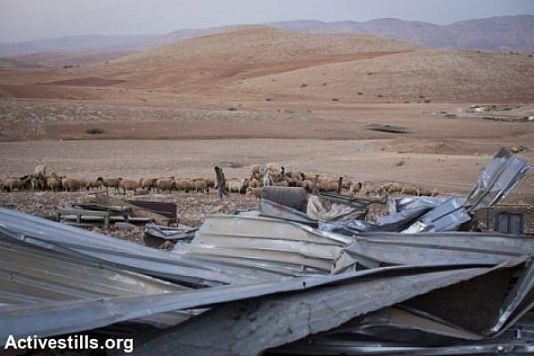 Demolished huts in the Jordan Valley (Activestills)