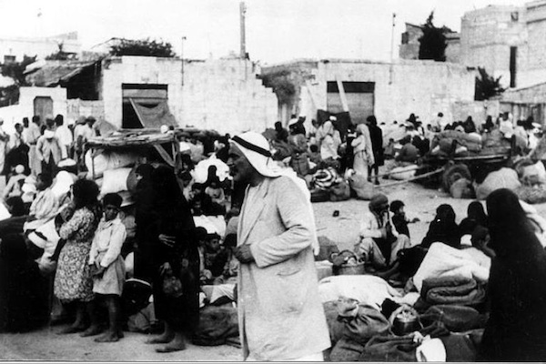 Palestinians being expelled from Lydda in 1948 during Operation Danny. (Palmach archive, photographer unknown)