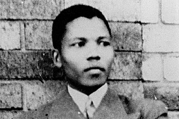 Nelson Mandela in 1937 (Photo: Unknown, public domain)
