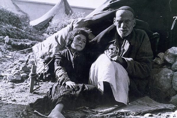 Palestinian refugees, 1948. (photo: www.palestineremembered.com)