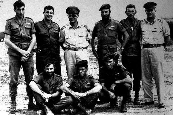 Meir Har-Zion (far left, top row) with the 890th Paratroop Battalion. To his right are Ariel Sharon and Moshe Dayan.