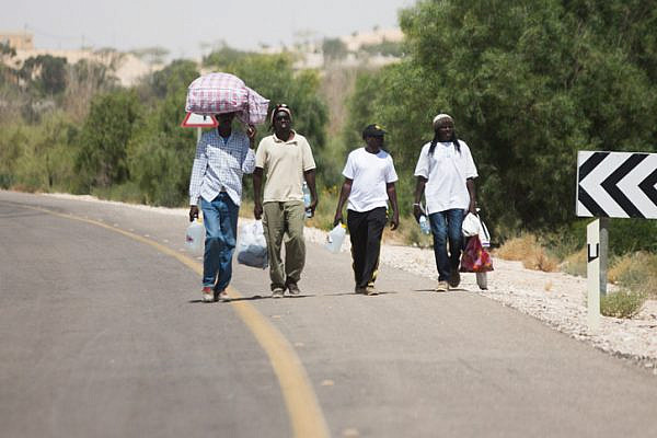 African asylum seekers march from Holot toward the Egyptian border, June 28, 2014. (Photo by Activestills.org)