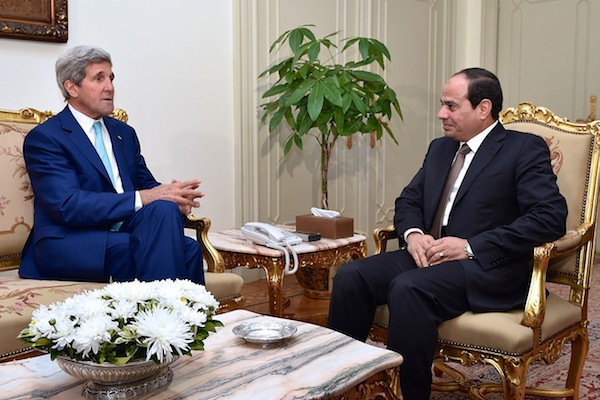 U.S. Secretary of State John Kerry chats with Egyptian President Abdel Fattah al-Sisi at the Presidential Palace in Cairo, Egypt, on July 22, 2014, to discuss a possible cease-fire between Israeli and Hamas forces fighting in the Gaza Strip. (photo: U.S. Department of State)