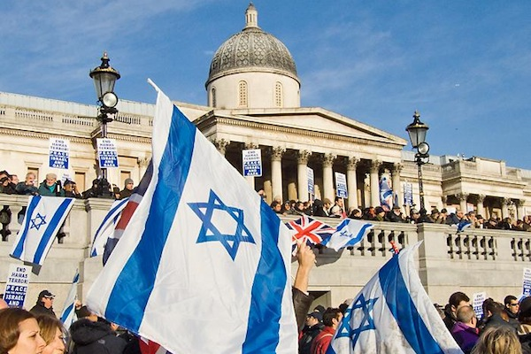 Pro-Israel rally, Trafalgar Square, London, 11 January, 2009. (photo: Chris Beckett CC BY-NC-ND 2.0)