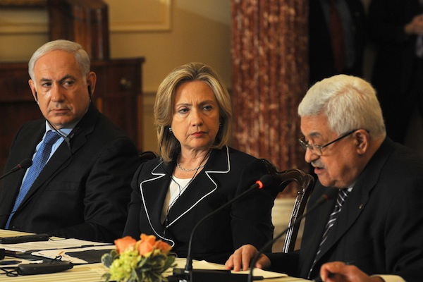 Prime Minister Benjamin Netanyahu, former Secretary of State Hillary Clinton, and Palestinian President Mahmoud Abbas attend the Washington Peace Conference, September 2, 2010. (photo: Moshe Milner/GPO)