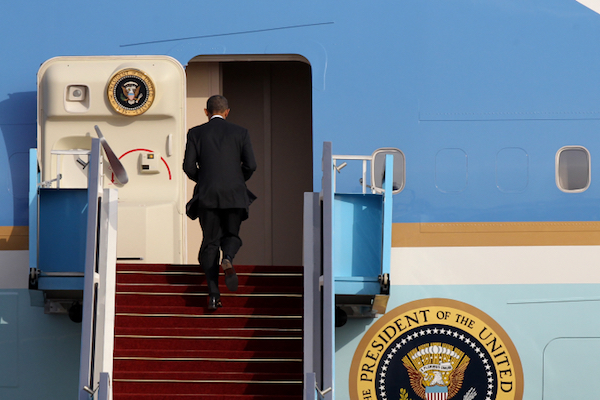 U.S. President Barack Obama boards Air Force One at the end of a visit to Israel. (Miriam Alster/Flash90)
