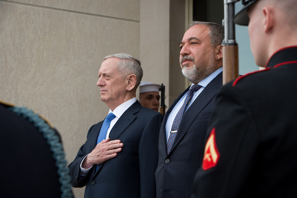 U.S. Secretary of Defense Jim Mattis meets with Israeli Defense Minister Avigdor Liberman at the Pentagon, March 7, 2017. (DOD photo by U.S. Air Force Staff Sgt. Jette Carr)