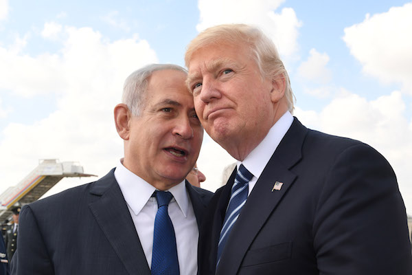 US President Donald Trump with Israeli Prime Minister Benjamin Netanyahu prior to Trump departure to Rome at the Ben Gurion International Airport in Tel Aviv on May 23, 2017. (Kobi Gideon / GPO)