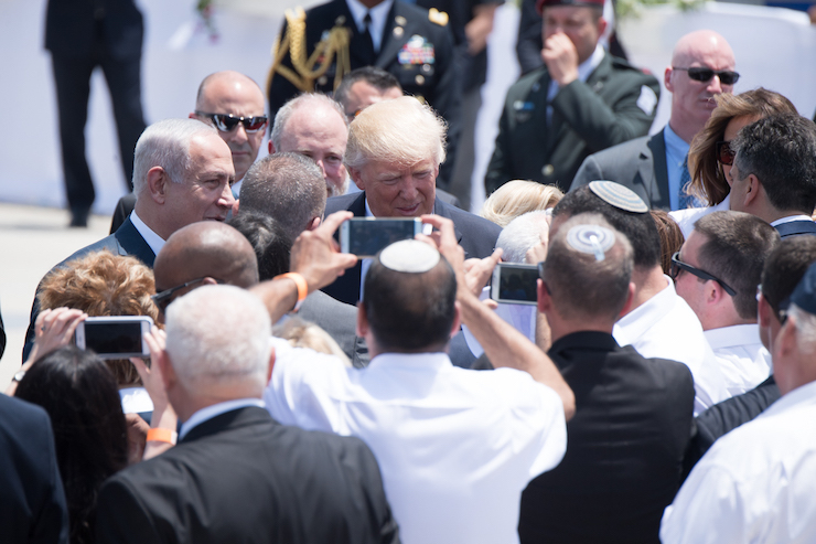 President Donald Trump and First Lady Melania Trump are welcomed by Israeli Prime Minister Benjamin Netanyahu and Israeli President Reuven Rivlin, on their arrival to Ben Gurion International Airport, Monday, May 22, 2017, in Tel Aviv, Israel. (Official White House Photo by Andrea Hanks)