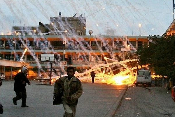 An Israeli attack on a U.N. school in Beit Lahiya using white phosphorus, January 17, 2009. (Photo: Muhammad al-Baba)