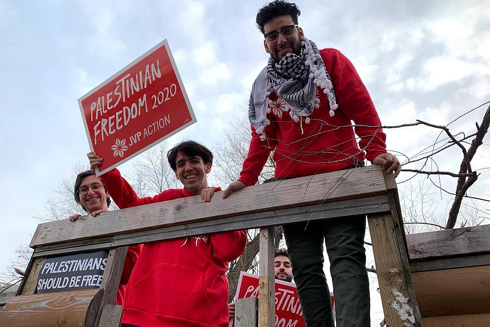 """Jewish Voice for Peace Action activists on the """"Palestine Freedom 2020"""" bus in Iowa, January 7, 2019. (Courtesy of Jewish Voice for Peace Action)"""