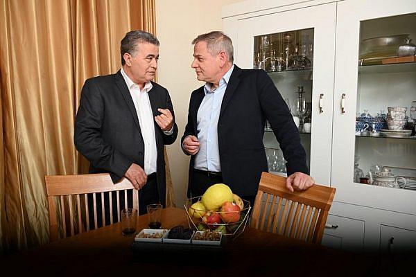 Labor Party head Amir Peretz (left) and Meretz Chairman Nitzan Horowitz. (Courtesy of Democratic Union)