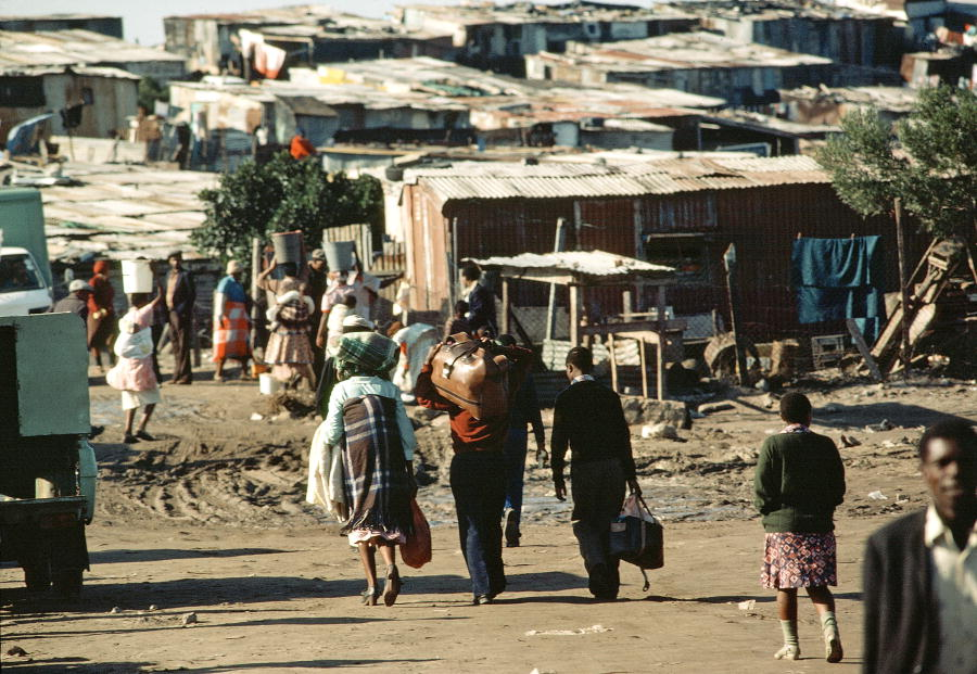 New arrivals at Crossroads Squatters Camp near Cape Town. Many black South Africans searching for work and unable to find homes in the townships had to become squatters and live under constant threat of forced removal. January 1, 1982. (UN Photo/Flickr)
