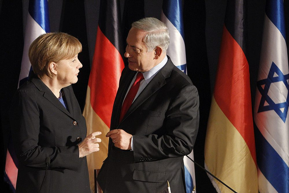Israeli Prime Minister Benjamin Netanyahu holds a joint press conference with German Chancellor Angela Merkel at the King David hotel in Jerusalem on February 25, 2014. (Miriam Alster/FLASH90)