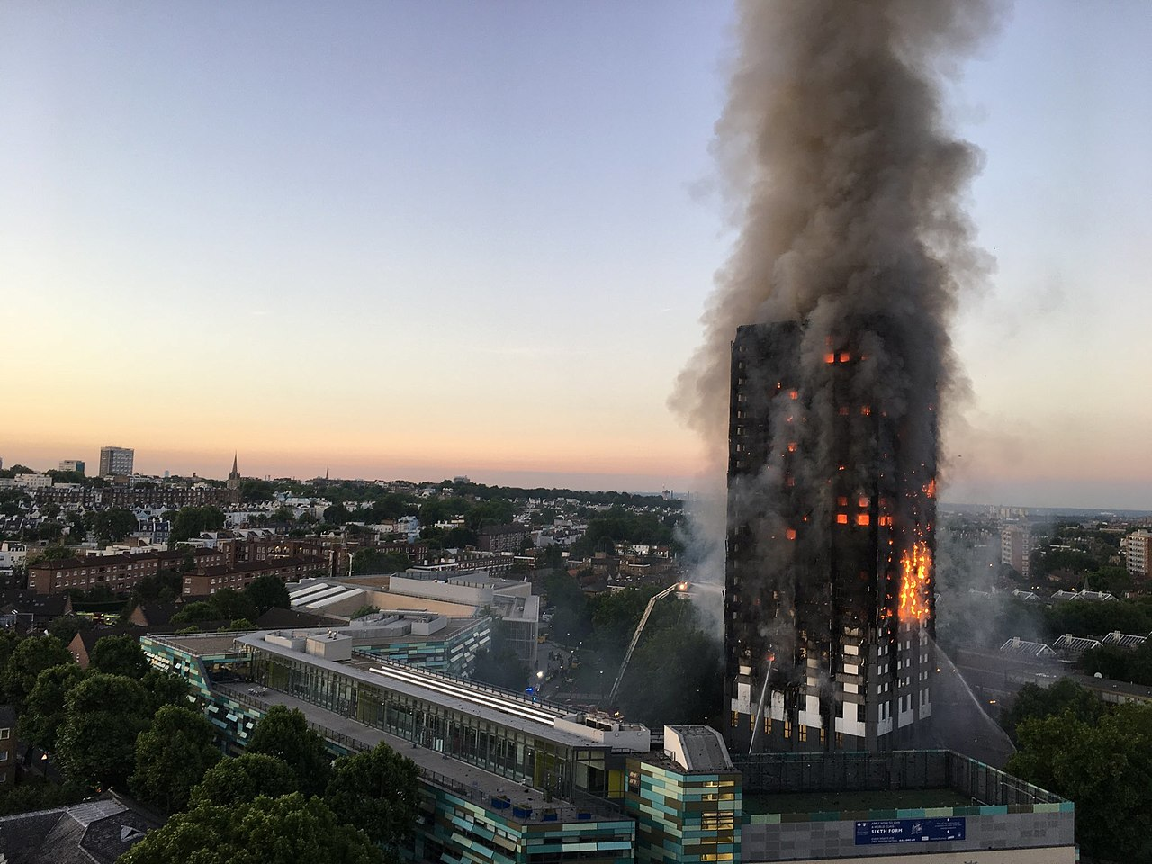 The fire at Grenfell Tower in North Kensington, London, July 14, 2017. (Natalie Oxford via Wikimedia)