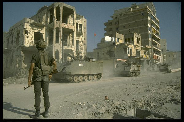 Israeli soldiers pass through the city of Sidon southward during the Lebanon War, April 9, 1983. (GPO)