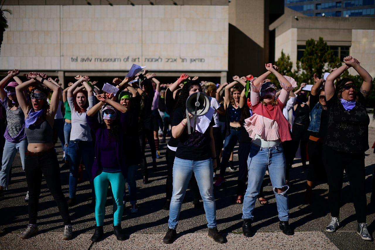 Women protest gender-based violence in Tel Aviv, December 20, 2019. (Tomer Neuberg/Flash90)