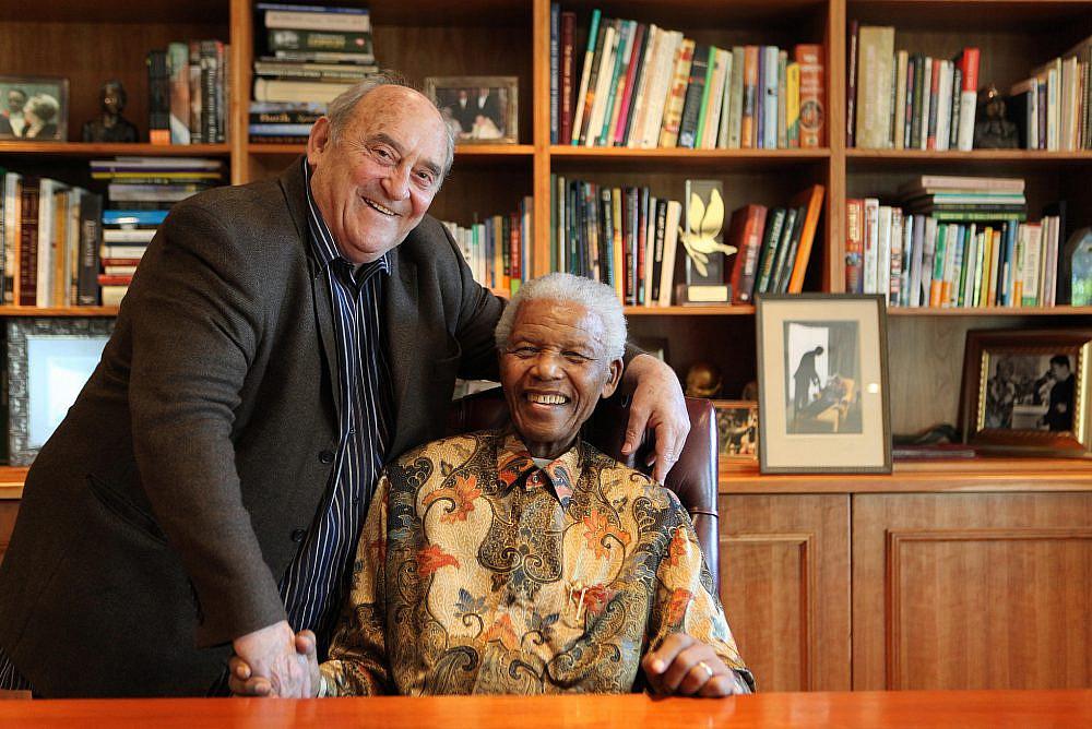 Denis Goldberg and Nelson Mandela. (Courtesy of Debbie Yazbek)