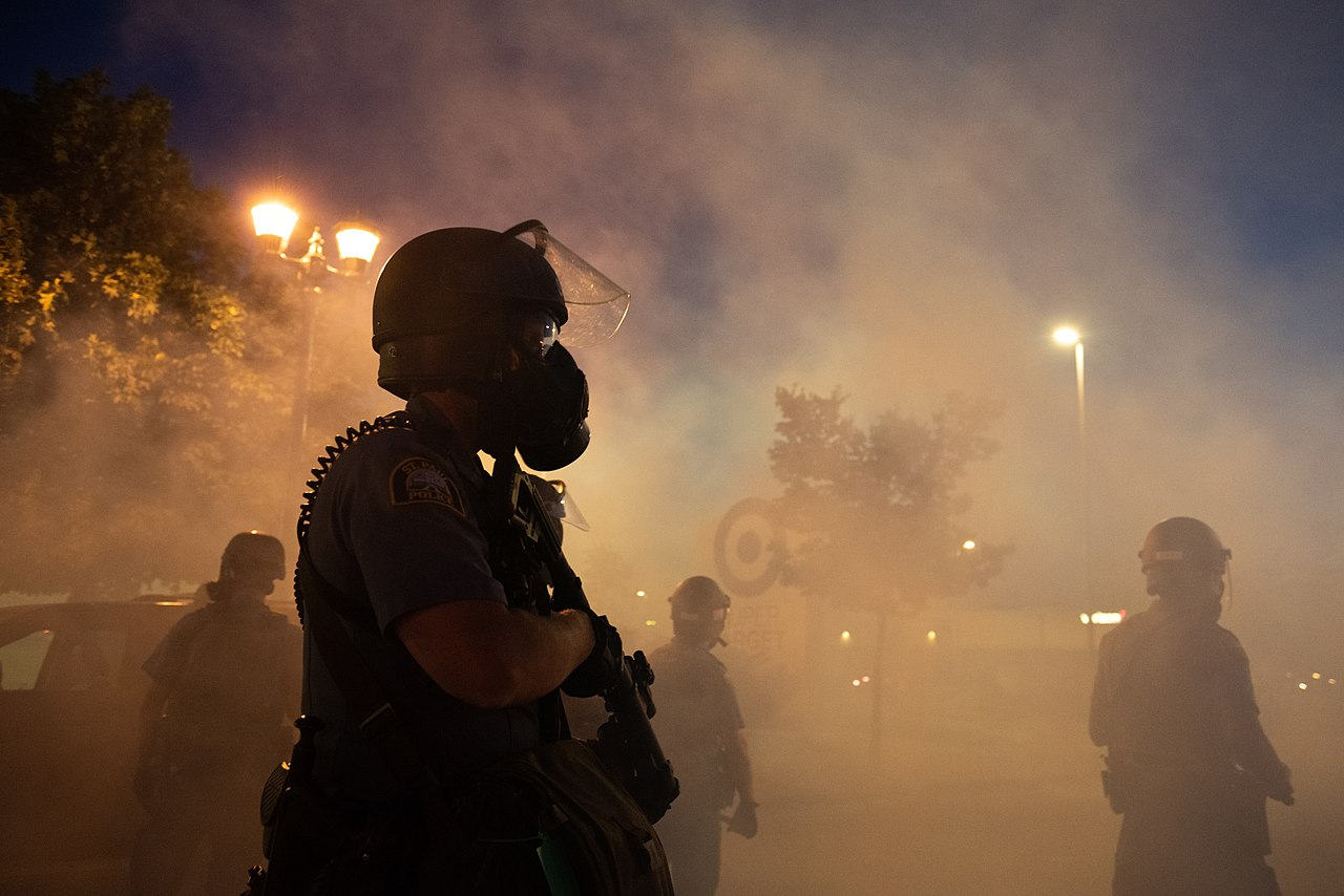 Police officers fire tear gas in St.Paul and Minneapolis during protests following the killing of George Floyd, May 28, 2020. (Hungryogrephotos/Wikimedia)