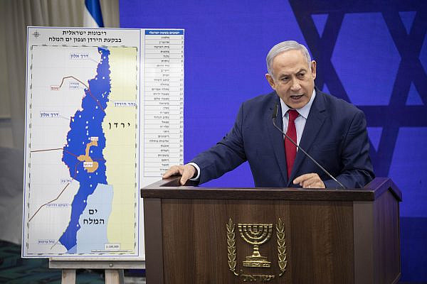 Prime Minister Benjamin Netanyahu delivers a statement to the press regarding implementing Israeli sovereignty over the Jordan Valley and it's Jewish settlements, in Ramat Gan on September 10, 2019. (Hadas Parush/Flash90)