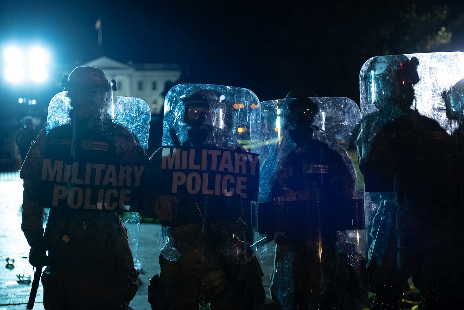 Police with riot control gear at George Floyd protests in Washington DC, Lafayette Square. May 30, 2020. (Rosa Pineda/Wikimedia Commons)