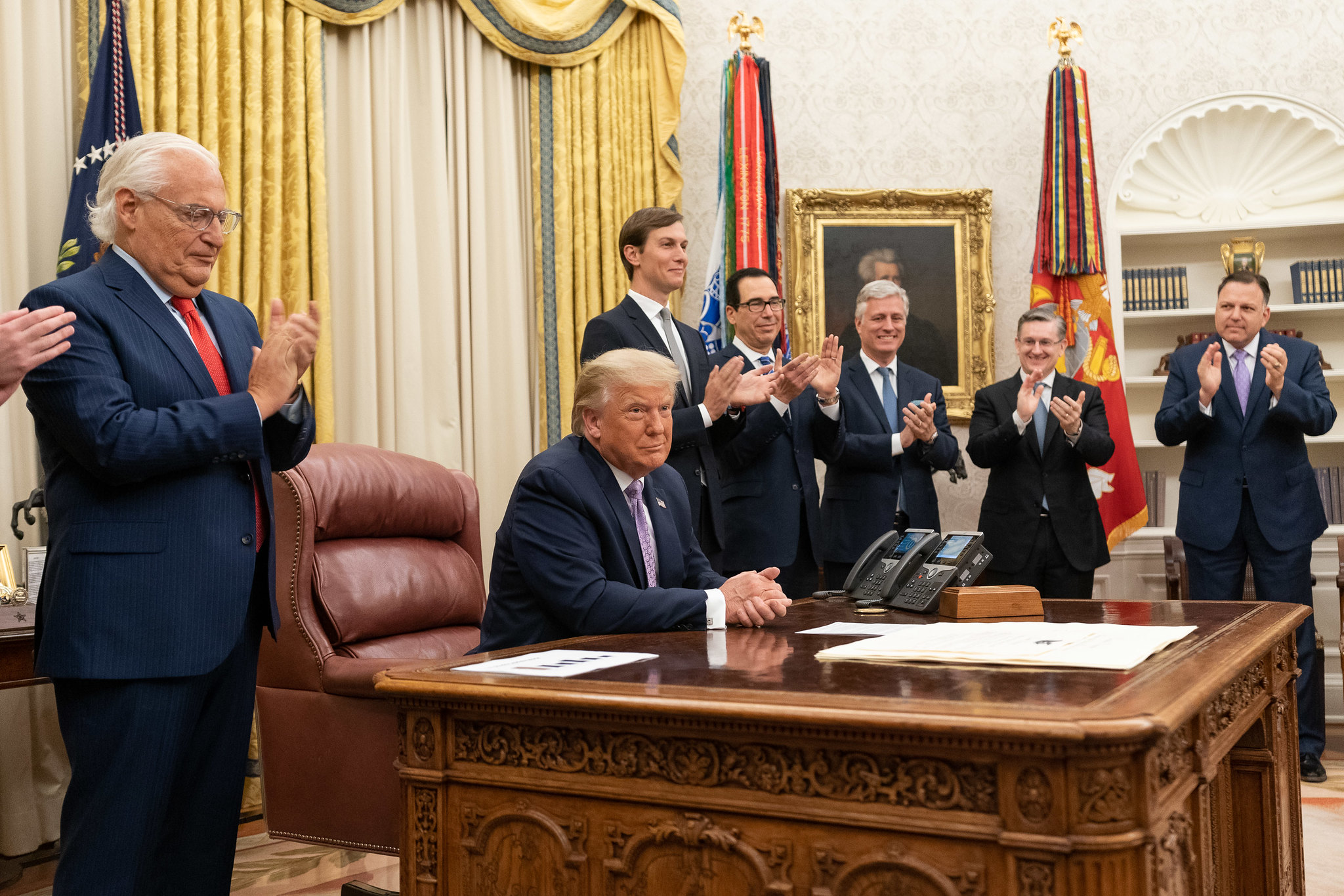 President Donald Trump, joined by White House senior staff members, delivers a statement announcing the agreement of full normalization of relations between Israel and the United Arab Emirates Thursday, Aug. 13, 2020, in the Oval Office of the White House. (Official White House Photo by Joyce N. Boghosian)