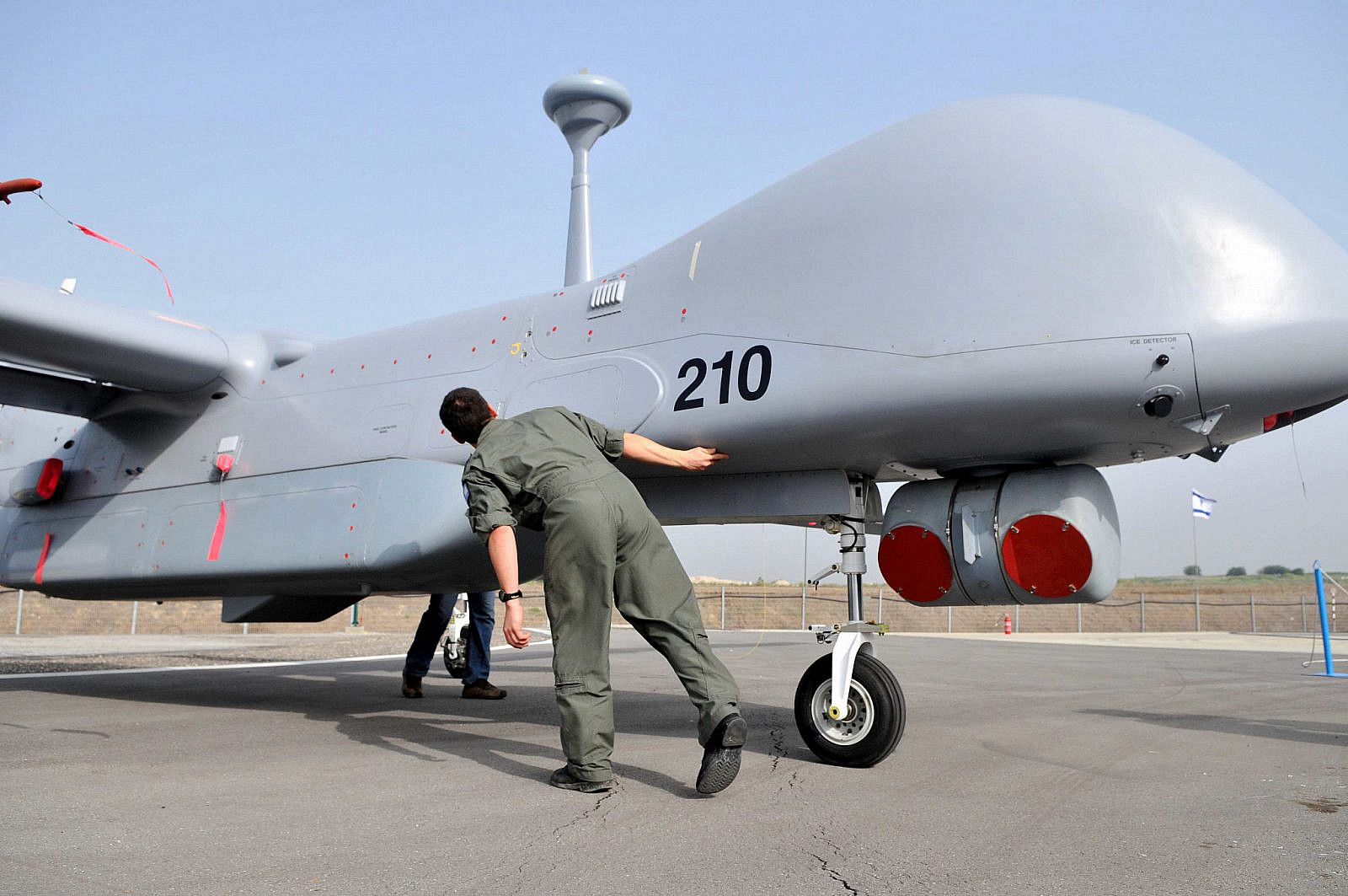 "Israeli Air Force reveals new unmanned aircraft ""Ethan,"" Febuary 18, 2010. (Yossi Zeliger/Flash90)"
