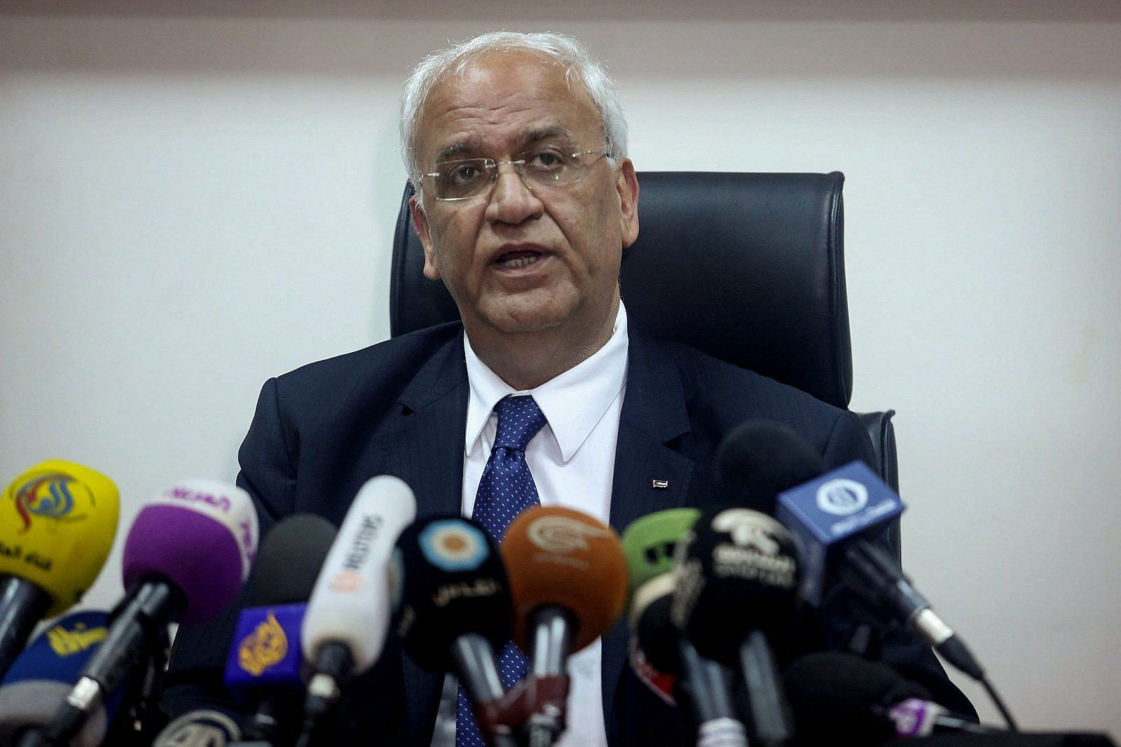 Palestinian chief negotiator and PLO Secretary General, Saeb Erekat, speaks during a press conference in the West Bank city of Jericho, February 15, 2017. (Flash90)