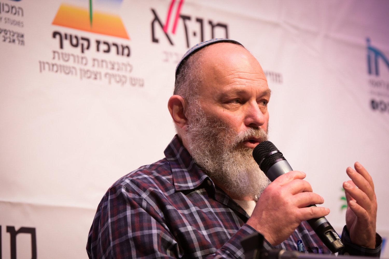 Effi Eitam speaks during the Gush Katif conference, Tel Aviv Museum, March 23, 2017. (Yossi Zeliger/Flash90)