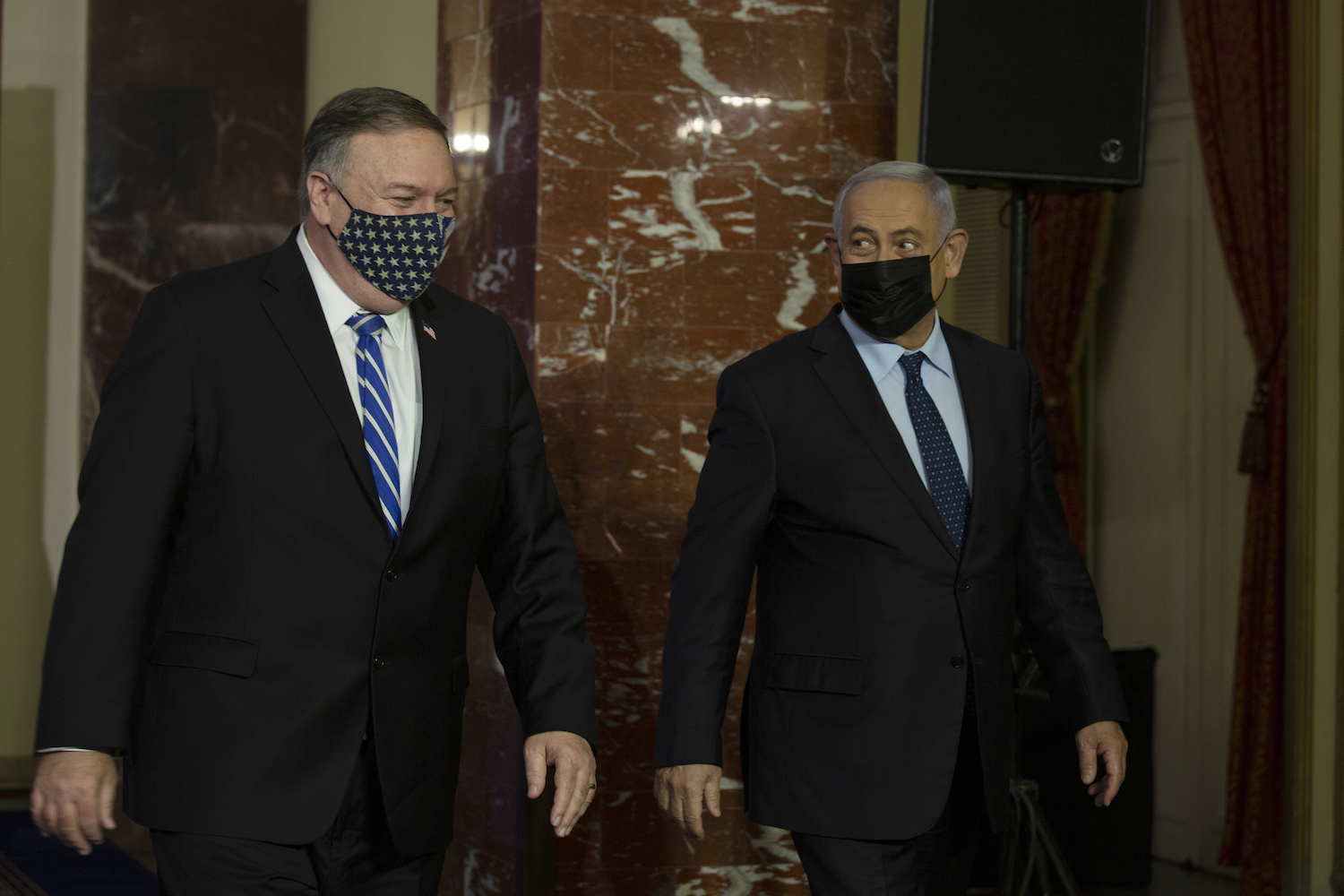 US Secretary of State Mike Pompeo and Israeli Prime Minister Benjamin Netanyahu during a joint press conference in Jerusalem, November 19, 2020. (Maya Alleruzzo/Flash90)