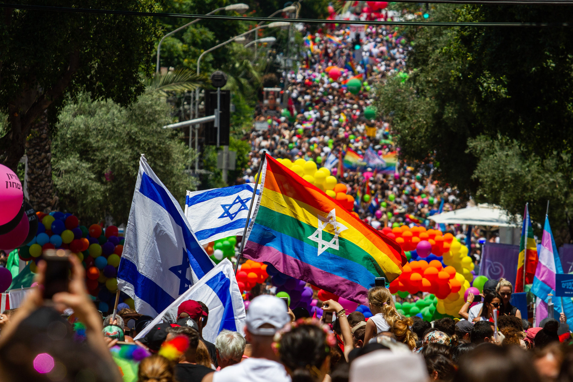 Tens of thousands participate in Tel Aviv's annual Pride Parade, June 14, 2019. (Flash90)