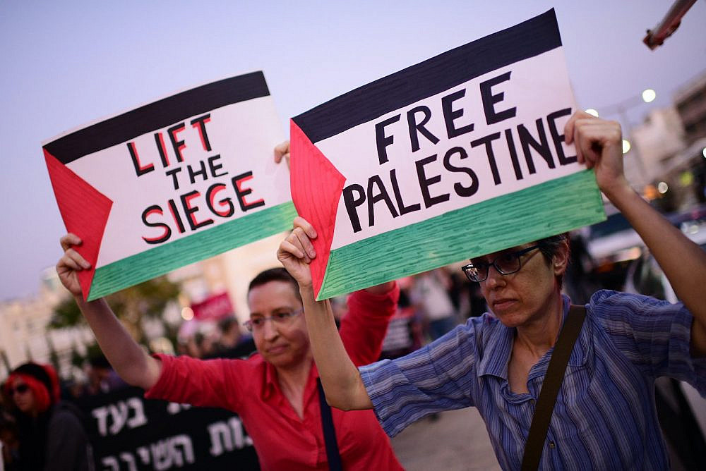 Activists protest against apartheid and call to boycott the Eurovision, in Tel Aviv on May 14, 2019. (Tomer Neuberg/Flash90)
