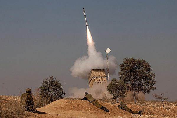 A volley of rockets fired from the Gaza Strip was intercepted by the Iron Dome system near the Israeli town of Beer Sheva, Nov. 15, 2012. (Uri Lenzl/Flash90)