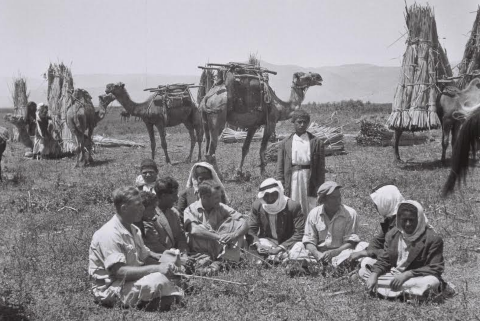 Palestinian farmers and their Jewish neighbors in the Lake Hula area, northern Palestine, 1946. (Zoltan Kluger/GPO)