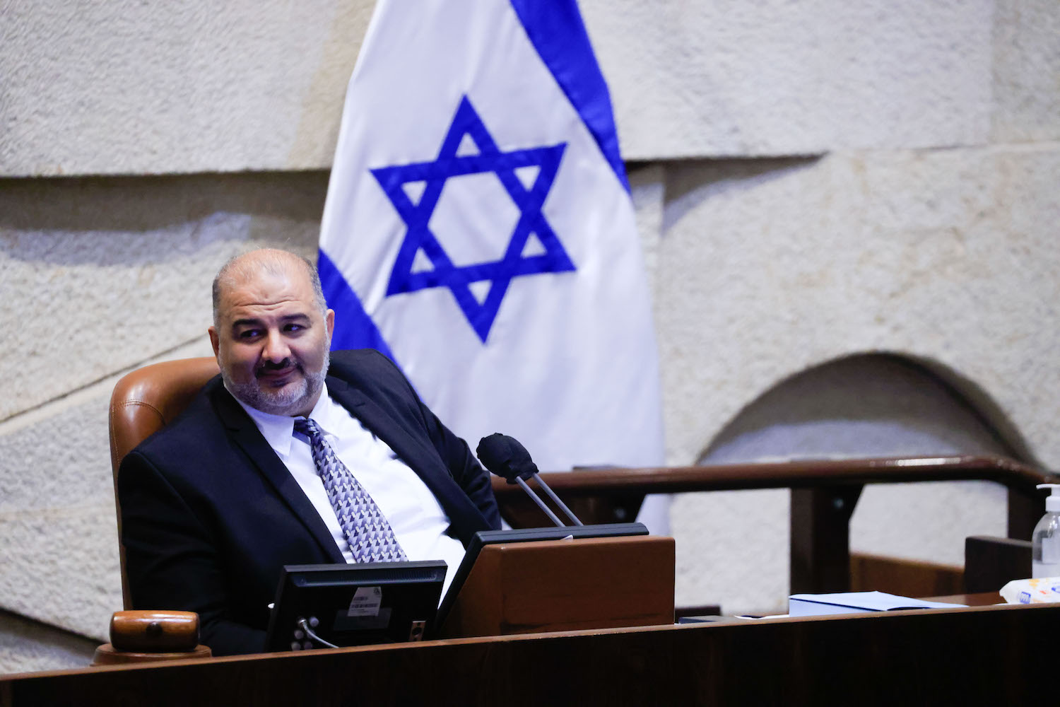 Ra'am MK Mansour Abbas seen during a vote on the state budget at the Knesset plenum, September 2, 2021. (Olivier Fitoussi/Flash90)