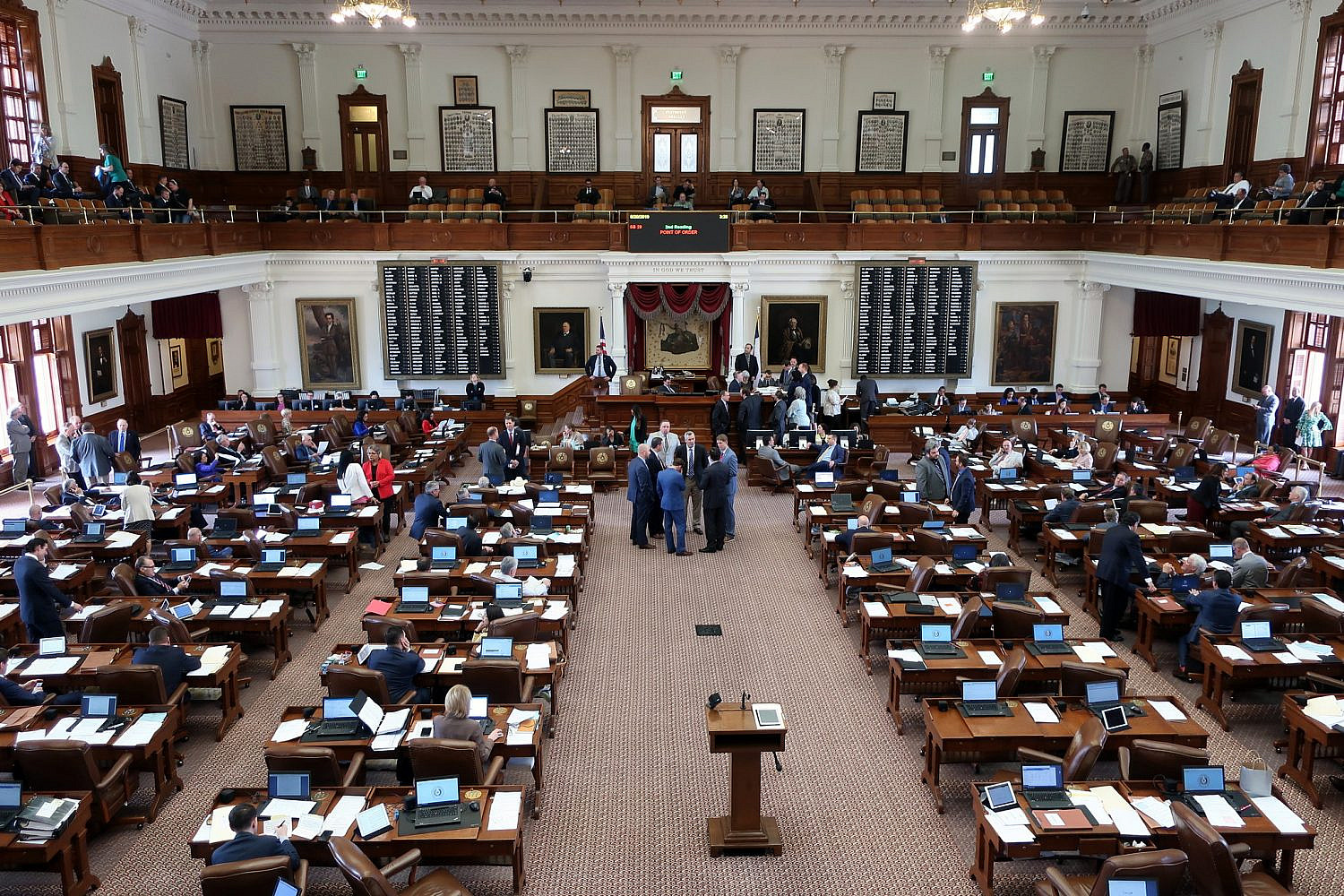 The Senate Chamber in the Texas State Capitol, Austin, Texas. (Wally Gobetz/Flickr/CC BY-NC-ND 2.0)